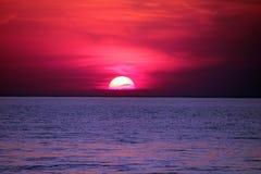 Puesta del sol increíble fotografía de archivo