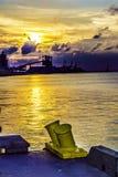 Puesta del sol industrial del agua imagenes de archivo