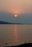 Puesta del sol, Karjat foto de archivo