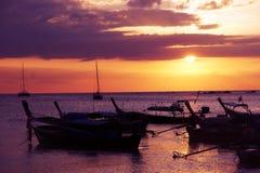 Puesta del sol Koh Lipe del mar Imagen de archivo