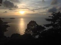 Puesta del sol - la isla de Ko Chang Imagen de archivo