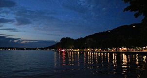 Puesta del sol del lago Fotografía de archivo libre de regalías