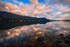 Puesta del sol del lago columbia, Columbia Británica, Canadá imágenes de archivo libres de regalías