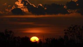 Puesta del sol, lapso de tiempo metrajes
