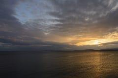 Puesta del sol magnífica del mar Foto de archivo
