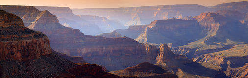 Puesta del sol majestuosa Rim Grand Canyon National Park del sur Arizona Foto de archivo