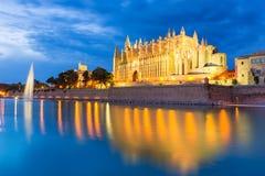 Puesta del sol Majorca de Palma de Mallorca Cathedral Seu Fotografía de archivo libre de regalías