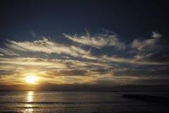 Puesta del sol marina hermosa Fotos de archivo libres de regalías