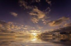 Puesta del sol muy jugosa Fotos de archivo libres de regalías