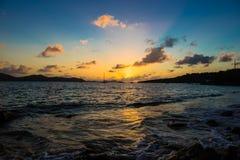 Puesta del sol o salida del sol del Caribe Imagen de archivo libre de regalías
