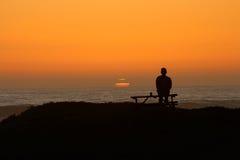 Puesta del sol pacífica Foto de archivo libre de regalías