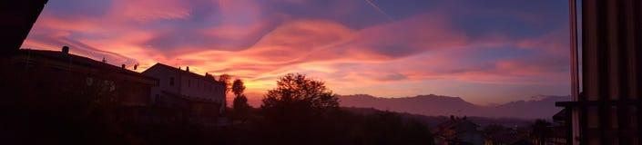 Puesta del sol panorámica Imagen de archivo libre de regalías