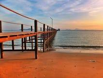 Puesta del sol Pier To The Catamaran Imagen de archivo libre de regalías