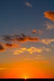 Puesta del sol pintada vertical Fotos de archivo libres de regalías