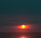 Puesta del sol pintoresca Imágenes de archivo libres de regalías