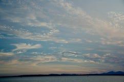 Puesta del sol pintoresca en Puget Sound Foto de archivo libre de regalías