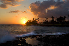Puesta del sol, playa de Poipu, Kauai, Hawaii Fotos de archivo