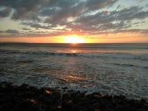 Puesta del sol Playa Rompeolas Aquadillia Puerto Rico imagen de archivo libre de regalías