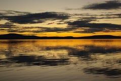 Puesta del sol polar en verano Fotografía de archivo libre de regalías