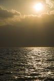 Puesta del sol por el lago del erhai en dali Foto de archivo libre de regalías