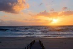 Puesta del sol preciosa Fotos de archivo
