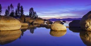 Puesta del sol púrpura de Tahoe Fotos de archivo