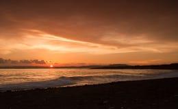 Puesta del sol que pasa por alto Port Royal Jamaica Imagen de archivo