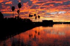 Puesta del sol reflejada sobre Stockton Imagen de archivo libre de regalías