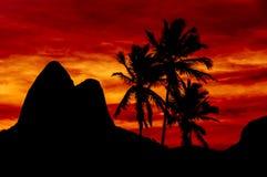 Puesta del sol roja hermosa Fotos de archivo libres de regalías