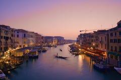 Puesta del sol rosada hermosa en Venecia imágenes de archivo libres de regalías