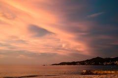 Puesta del sol rosada magnífica Fotos de archivo libres de regalías
