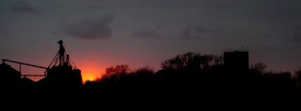 Puesta del sol rural Foto de archivo libre de regalías