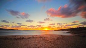Puesta del sol sarda de la playa Imagenes de archivo