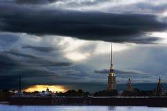 Puesta del sol septentrional imagenes de archivo