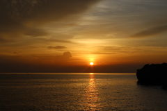 Puesta del sol, sichang, Tailandia Foto de archivo libre de regalías