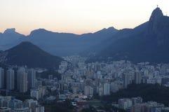 Puesta del sol sobre Botafogo en Rio de Janeiro foto de archivo