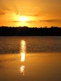 Puesta del sol sobre Ding Darling Wildlife Refuge, Sanibel, la Florida Fotografía de archivo
