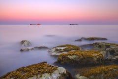 Puesta del sol sobre el embarcadero de Limassol foto de archivo libre de regalías