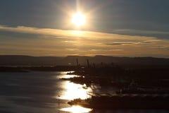 Puesta del sol sobre el fiordo de Oslo Foto de archivo libre de regalías