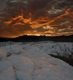 Puesta del sol sobre el glaciar de Matanuska Foto de archivo