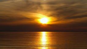 Puesta del sol sobre el lago de Constanza almacen de video