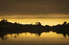 Puesta del sol sobre el lago Dughaill Fotografía de archivo