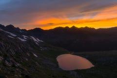 Puesta del sol sobre el lago vault del tesoro - Colorado fotos de archivo libres de regalías