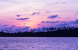 Puesta del sol sobre el mar Imágenes de archivo libres de regalías