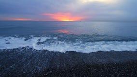 Puesta del sol sobre el mar metrajes