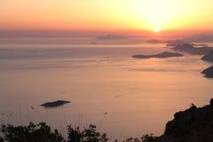 Puesta del sol sobre el mar adriático Croacia Foto de archivo