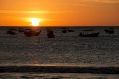 Puesta del sol sobre el mar en San Juan del Sur, Nicaragua foto de archivo
