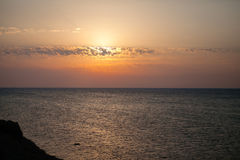 Puesta del sol sobre el mar en Túnez Imagen de archivo