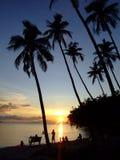 Puesta del sol sobre el mar, Tailandia. Fotos de archivo libres de regalías
