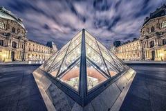 Puesta del sol sobre el palacio de Versalles foto de archivo